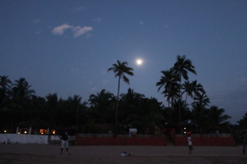 IMG_4200_fullmoon_rs