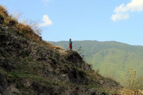 丘の上に立つと崇高に見える。けど多分ただのオバチャン。